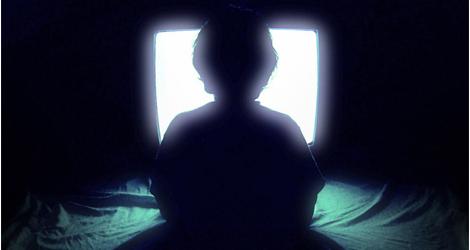 "Photo of مشاهدة التلفاز تدمر فيتامين ""د"" عند الأطفال"