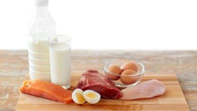 اللحوم الحمراء والبيض من الأطعمة الممنوعة على مرضى المرارة