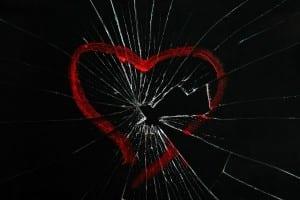 SunnyStudio_brokenheart_shutterstock