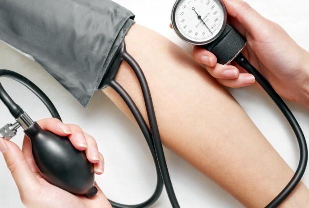 Photo of علامات التحذير عند ارتفاع ضغط الدم