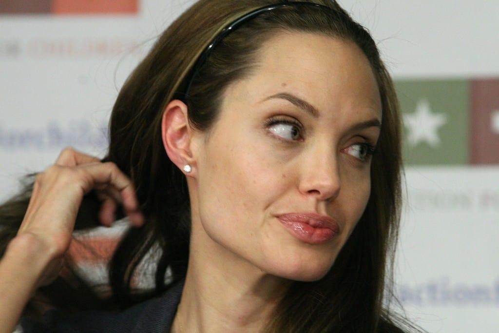 Angelina_Jolie_1665
