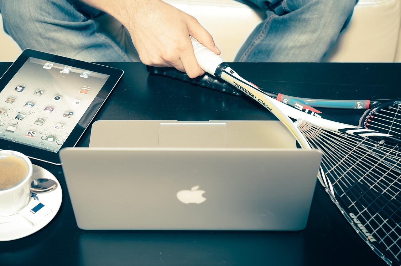 Photo of هل تساعد الأجهزة التكنولوجيّة الصحيّة على تحسين صحة القلب؟؟