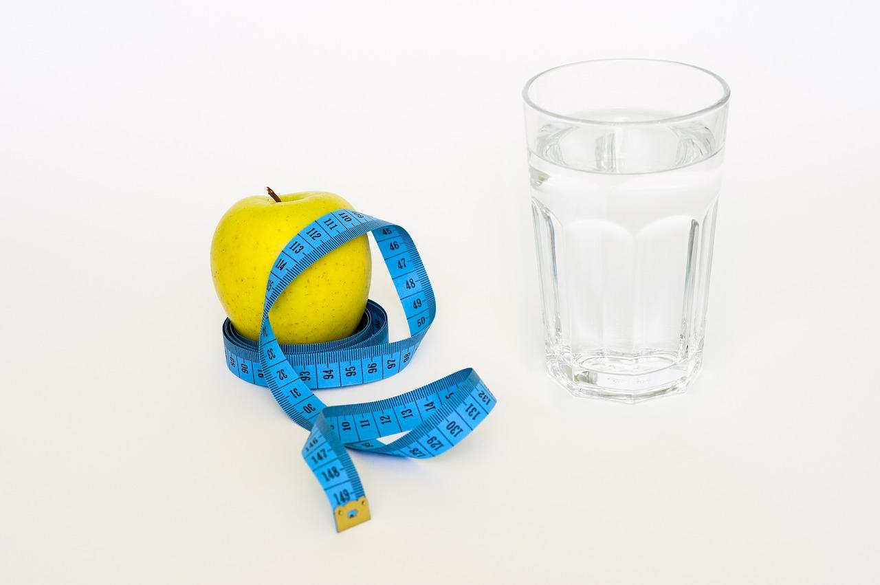 Photo of تناول الماء قبل الوجبات يساعد في تخفيف الوزن
