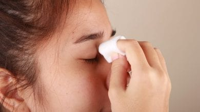 Photo of كيف تعالجين انتفاخ العين الناجم عن البكاء؟