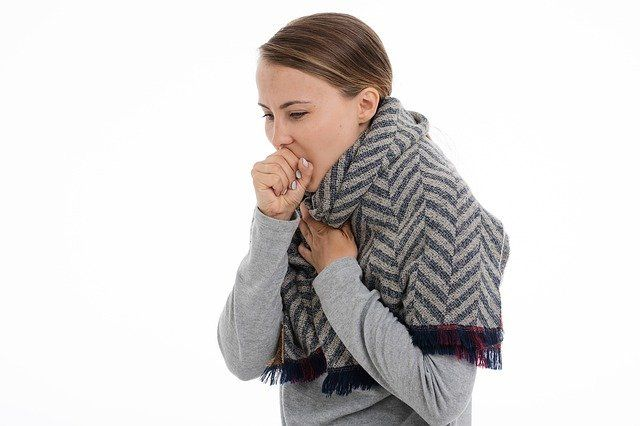 هل وجود دم في البلغم عند الاستيقاظ دلالة علي وجود مرض خطير بالجسم أم أنه لا داعي للقلق منه