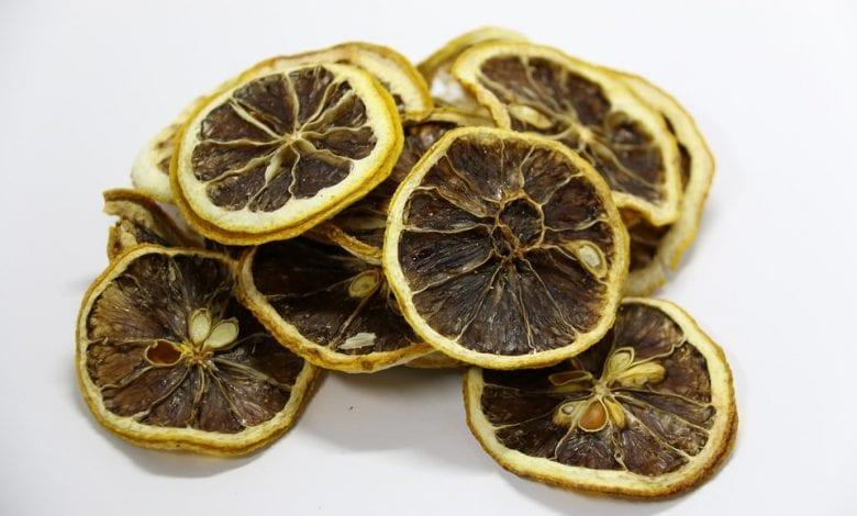 فوائد الليمون الاسود وطريقة استعماله
