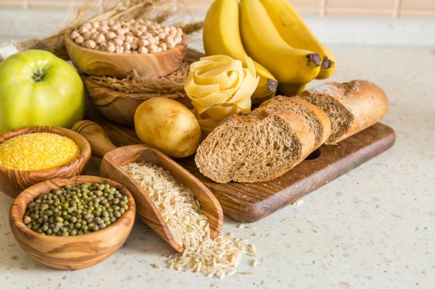 الكربوهيدرات وتأثيرها على معدل السكر الطبيعي بعد الأكل