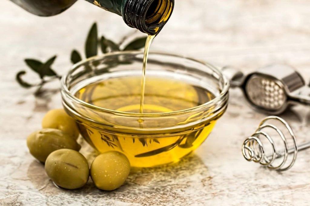 علاج التهاب المفاصل بزيت الزيتون وطرق العلاج الأخرى olive oil -طبيب العرب