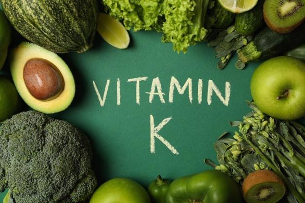 أعراض نقص فيتامين K2